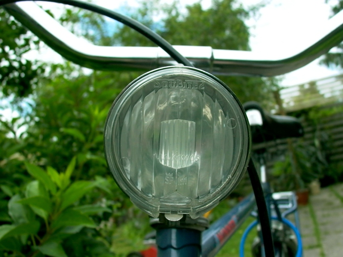 bicycle-lamp-1480863-1280x960
