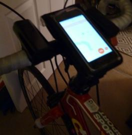photo of topeak phone mount on stem of racing bike