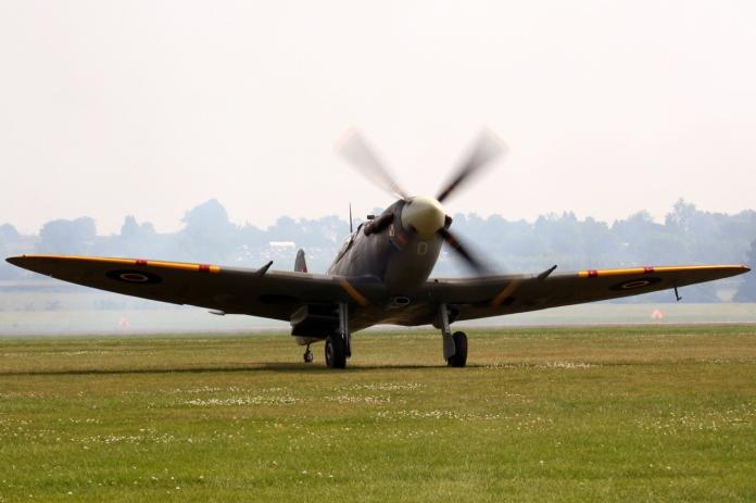 spitfire-1449168-1279x852